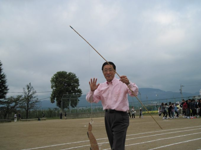 清史さんは、カメを釣り上げました