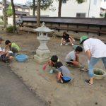 村山神社の草取り