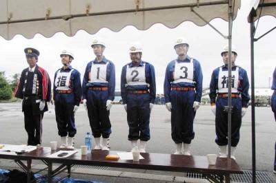 分団長と5人の選手