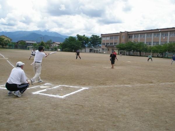 ソフトボールは好投・攻守そして好打の連続でした。          なんと「ゲッツー」が何度もありました。