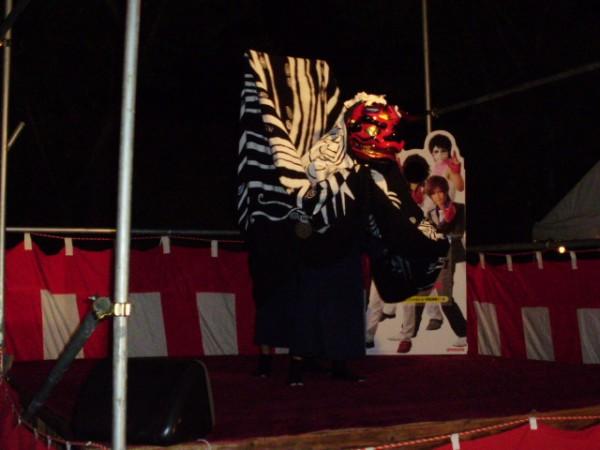 神社獅子舞奉納