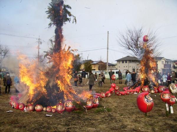 天候も良く無風の中、一揆に燃え上がりました。