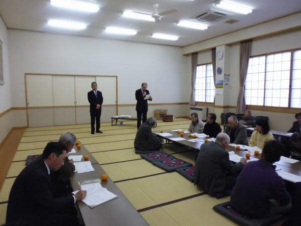 全ての議事終了、新区長なった前副区長の奥山博利氏、選挙の結果副区長に清水正雄氏が就任の挨拶を行いました。