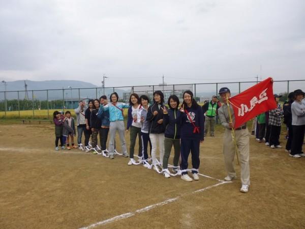 小島女子「むかで」2チーム、我区の精鋭