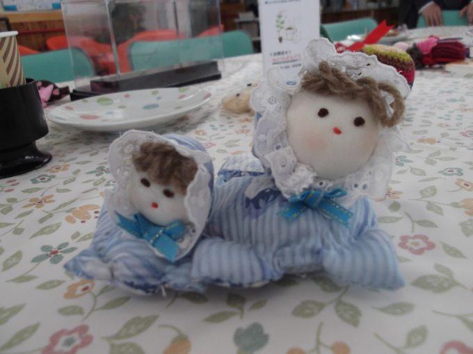 人形作りが得意なSさんが、ふれあい荘さんの花壇でとれたラベンダーを中身に、人形を作ってもってきてくれました。とってもかわいい!